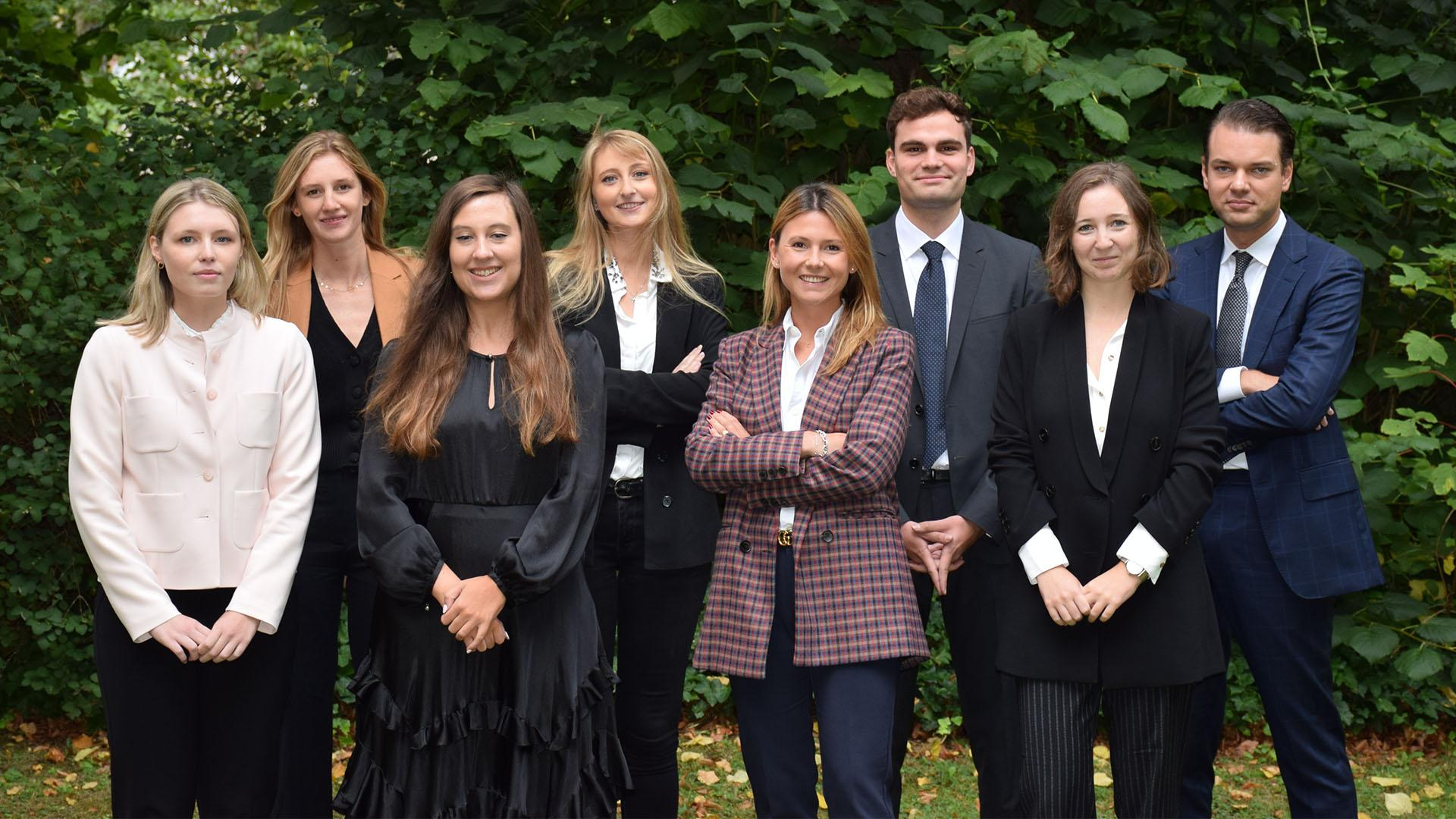 Ten new associates join Janson